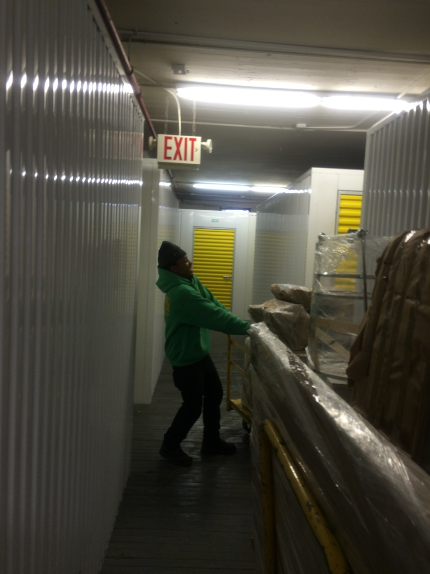 Moving Big Items Into Storage Bronx Ny Mini Storage